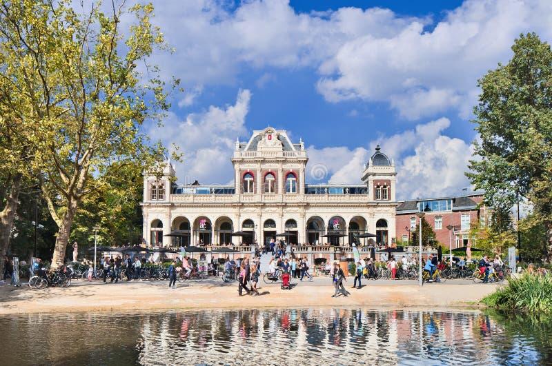 Restaurante situado en la mansión anterior, Vondelpark, Amsterdam, Países Bajos foto de archivo