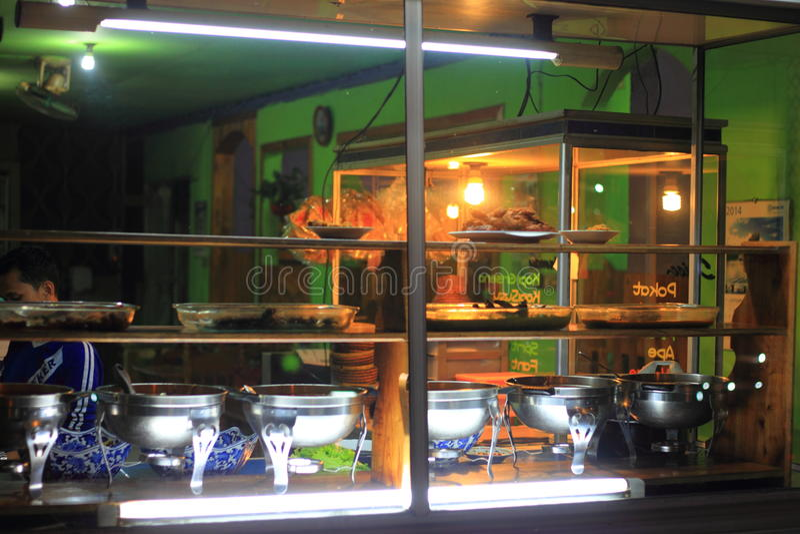 Restaurante tradicional indonésio fotos de stock