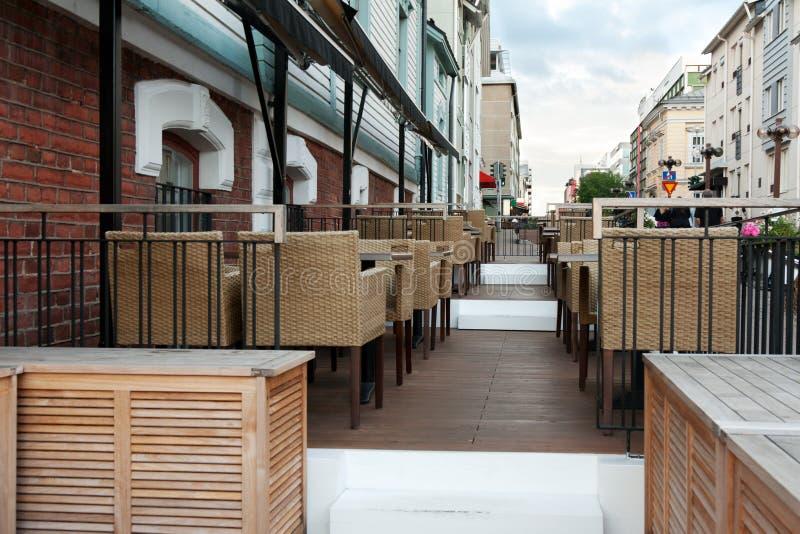Restaurante vazio da rua foto de stock royalty free