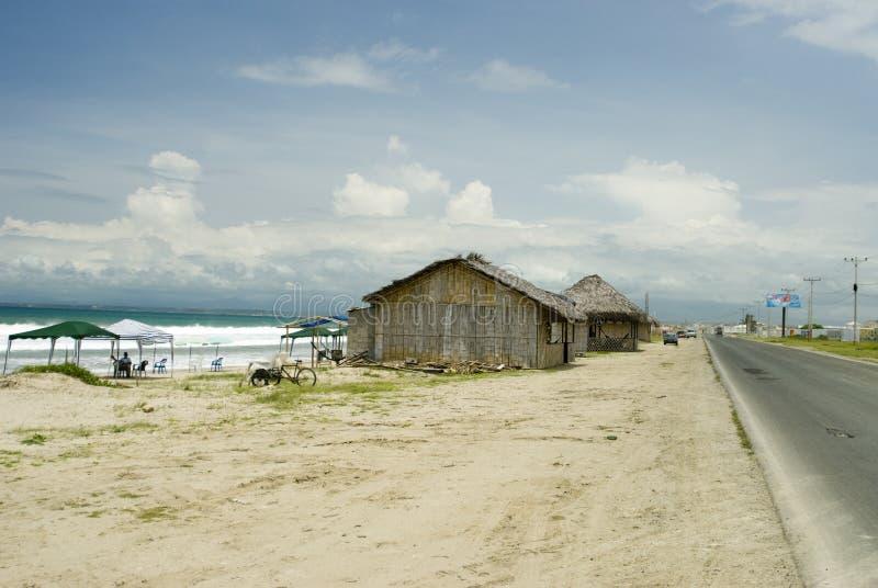 Restaurantes beach ruta del sol Ecuador imagenes de archivo
