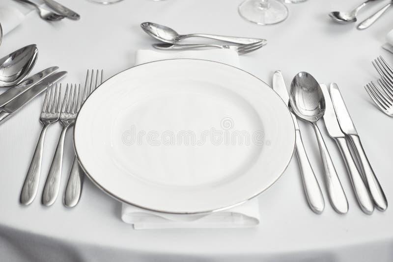Restaurantlijst setout stock afbeelding