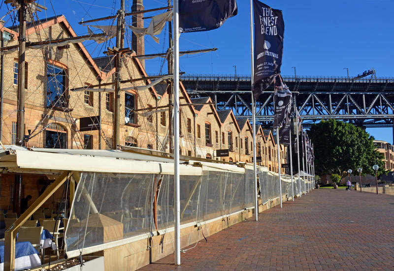 Restaurants in the Shape of Vintage Sailing Ships in Sydney stock photography