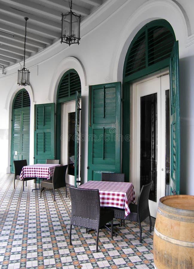 Restaurantspeisen im Freien im Freien lizenzfreie stockfotos