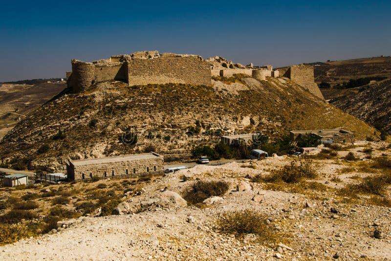 Reste le château impressionnant antique sur la montagne Forteresse de croisé de Shobak Murs de château concept de course Architec images libres de droits