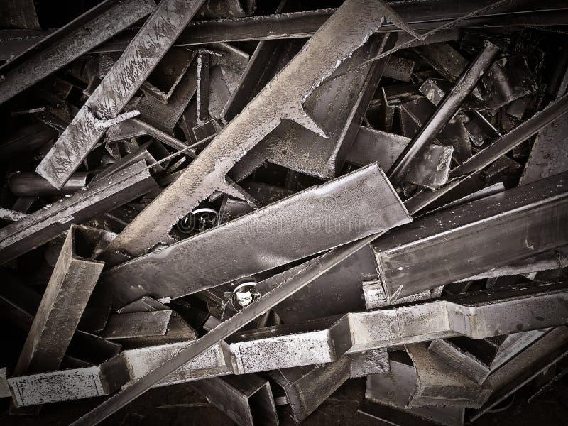 Resten van schroot in de vrachtwagenindustrie royalty-vrije stock afbeelding