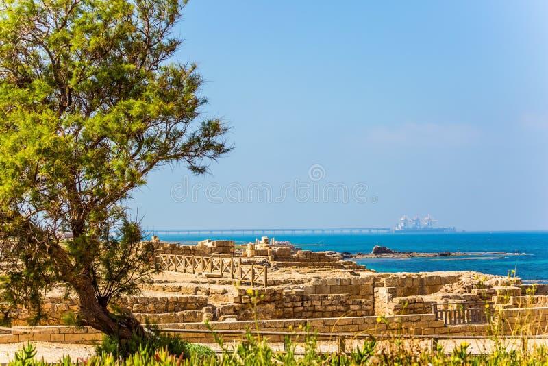 Resti del porto antico di Cesarea fotografie stock libere da diritti