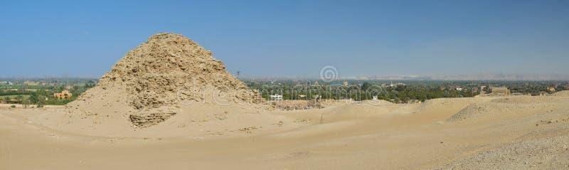 Resti della necropoli di Memphis a Saqqara immagini stock