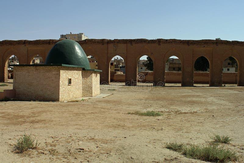 Resti di mosk molto vecchio in AR-Raqqah (Rakka), Siria fotografie stock