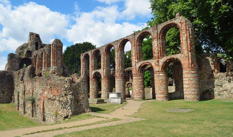 Restna av priorskloster för St Botolphs ett medeltida Augustinian religiöst hus i Colchester arkivbilder