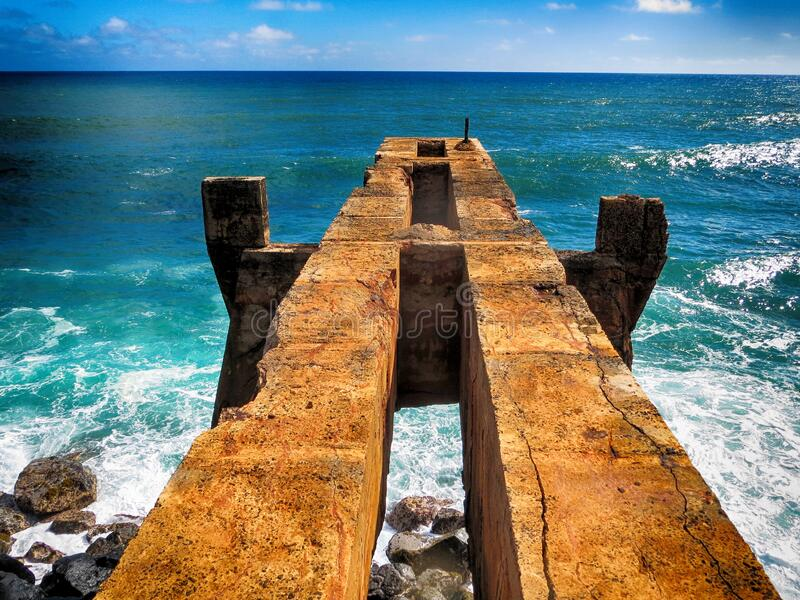 Restos de Pier en Kauaii foto de archivo