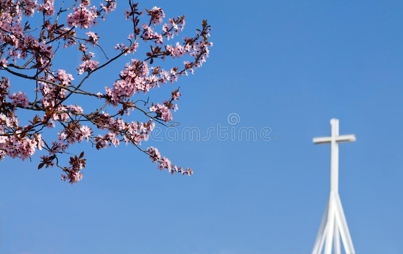 Resurrección de Pascua - cruz cristiana foto de archivo libre de regalías