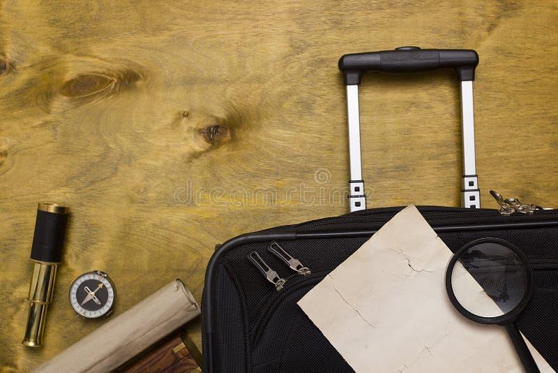 Resväskor och lopppåse royaltyfri bild