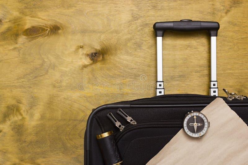 Resväskor och lopppåse arkivfoto
