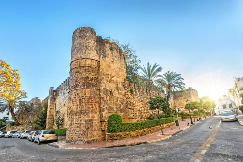 Resztki Alcazaba forteca w Marbella zdjęcie stock