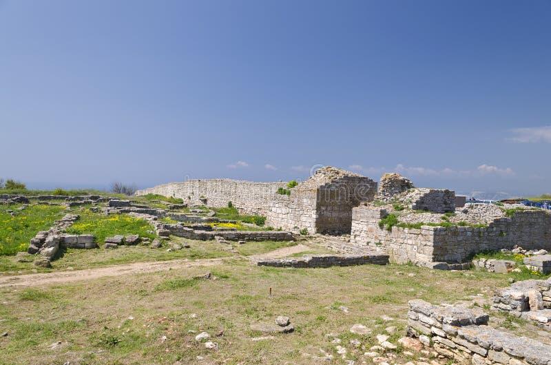 Download Resztki średniowieczny Forteca Obraz Stock - Obraz złożonej z dawność, bułgaria: 57654711