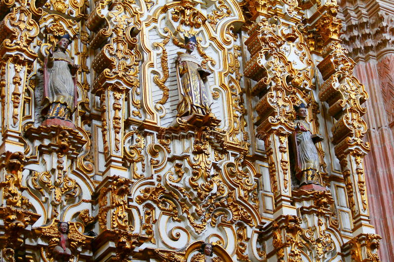 Retable à l'église III de virgen del carmen photo stock