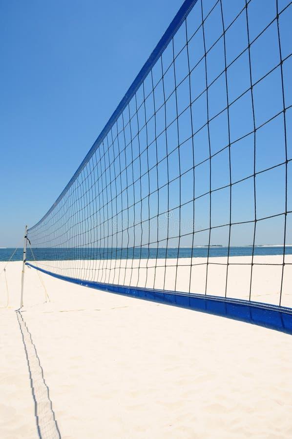 Rete di pallavolo della spiaggia fotografie stock libere da diritti