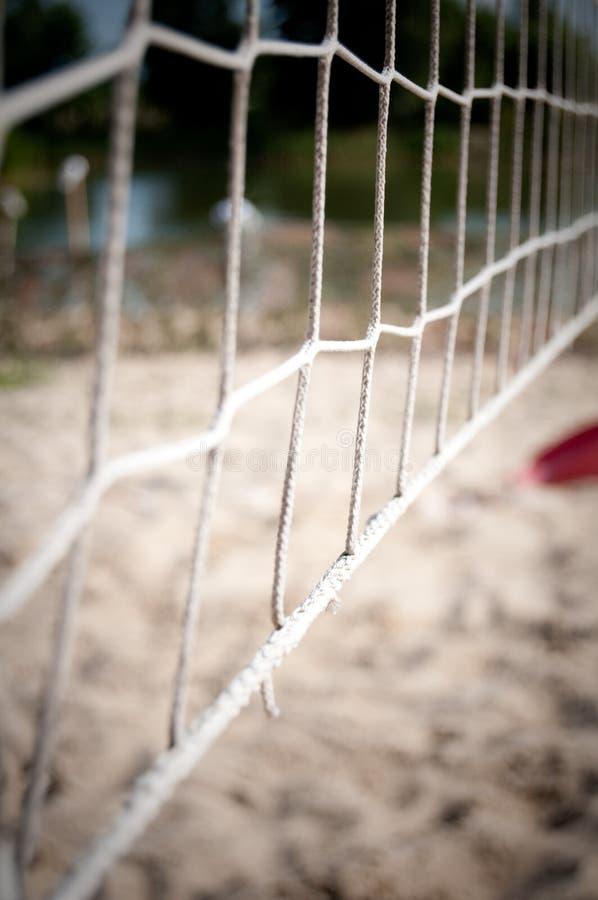 Rete per il gioco alla sfera di spiaggia fotografia stock