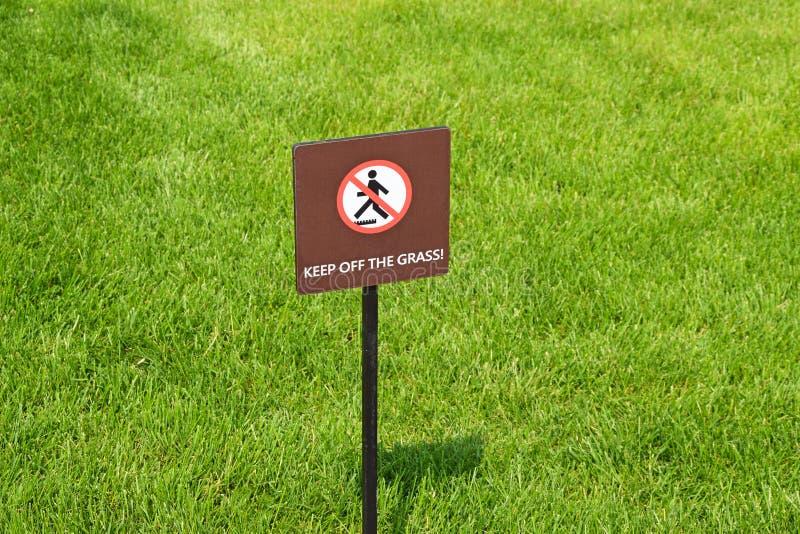 Retenez l'herbe images libres de droits