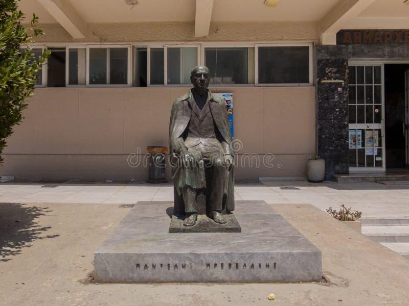 Rethymno, Grecia 28 luglio 2016: Statua di Panteles Prevelakes immagine stock