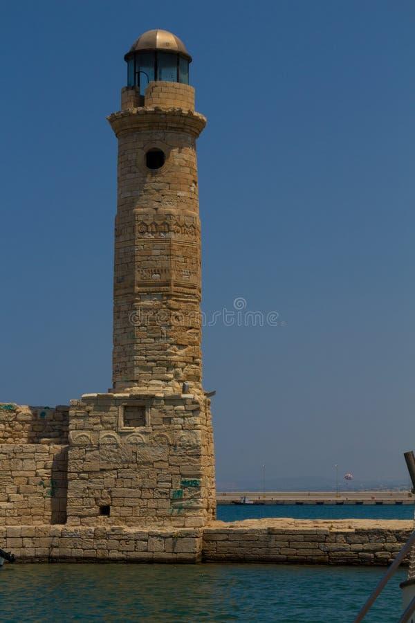 Rethymno Grecja, Lipiec, - 30, 2016: Stara latarnia morska zdjęcia royalty free