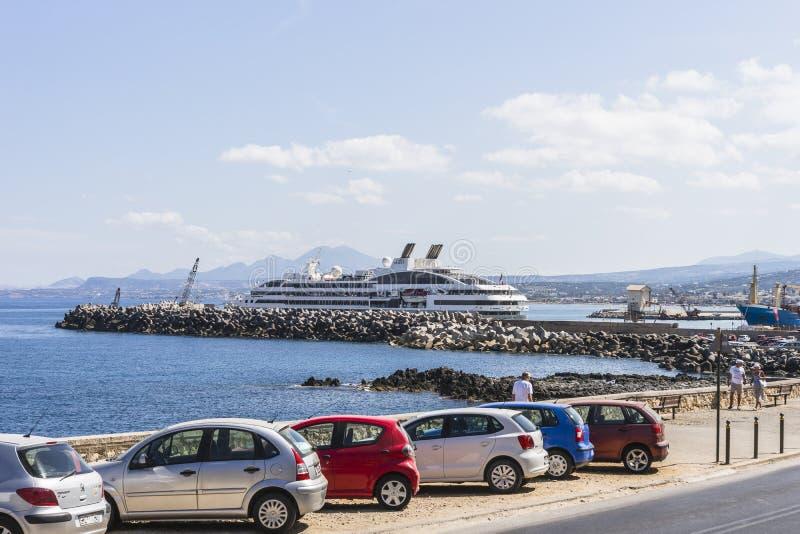 Rethymno-Hafen stockfotografie