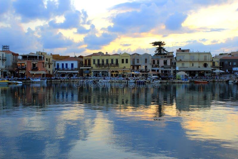 Rethymno-Hafen in Kreta, Griechenland stockbilder