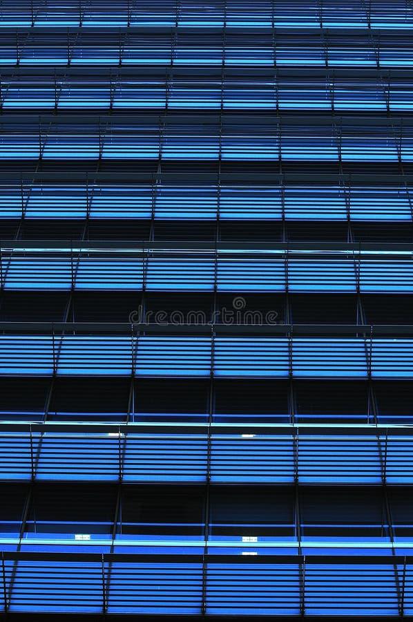 Download Reticoli Astratti Di Windows Immagine Stock - Immagine di esterno, energia: 7320691