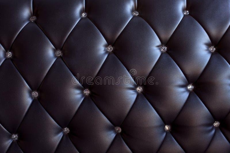 Reticolo e superficie del cuoio del sofà con il cristallo b fotografie stock libere da diritti