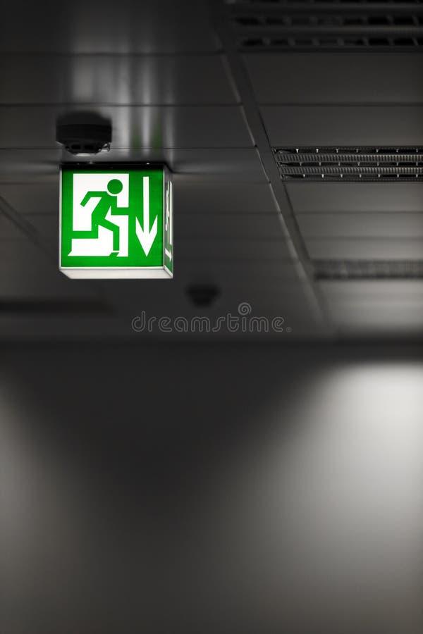 Retire o sinal na parede imagem de stock royalty free