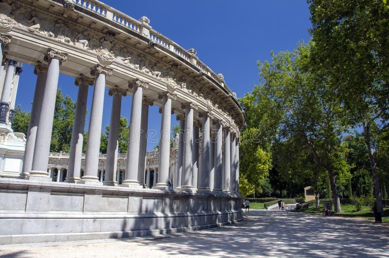 Download Retiro Park stock photo. Image of blue, grass, fountain - 29643478