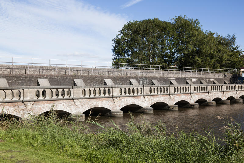 Retranchement de la défense dans le Néerlandais Munnekezijl, Frise photo stock