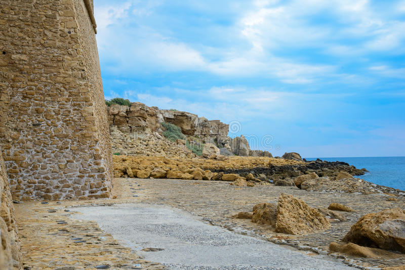 Retranchez-vous les murs en Isola di Capo Rizzuto, la province de Crotone, photo stock