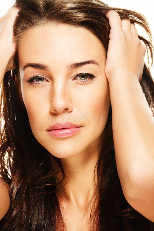 Retratista do close up de uma mulher lindo imagem de stock