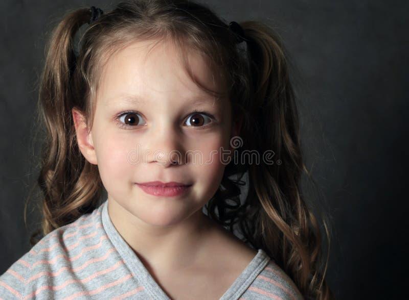 Retrato 5 anos de menina imagens de stock royalty free