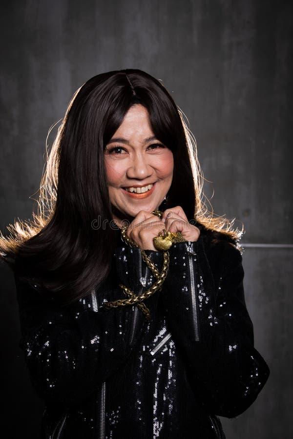 retrato asiático da mulher da forma velha dos anos de 50s 60s fotos de stock