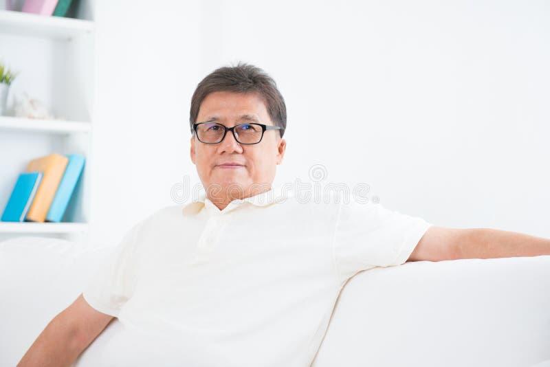 Retrato asiático maduro del hombre fotos de archivo libres de regalías