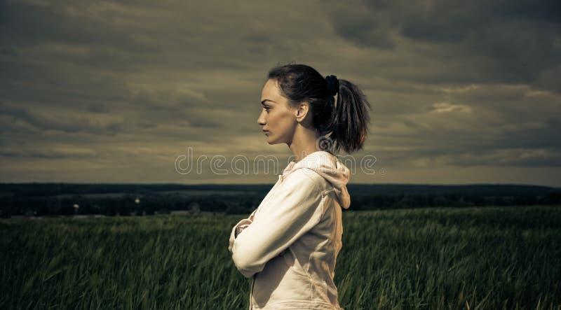 Retrato ativo da mulher imagem de stock