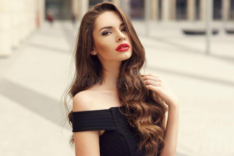 Retrato bonito da beleza da menina fotografia de stock