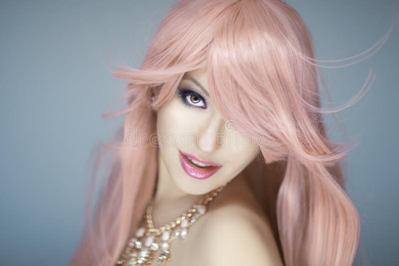 Retrato bonito da mulher imagem de stock royalty free