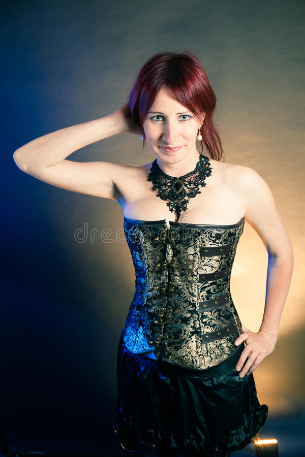Retrato bonito da mulher de Steampunk fotos de stock royalty free
