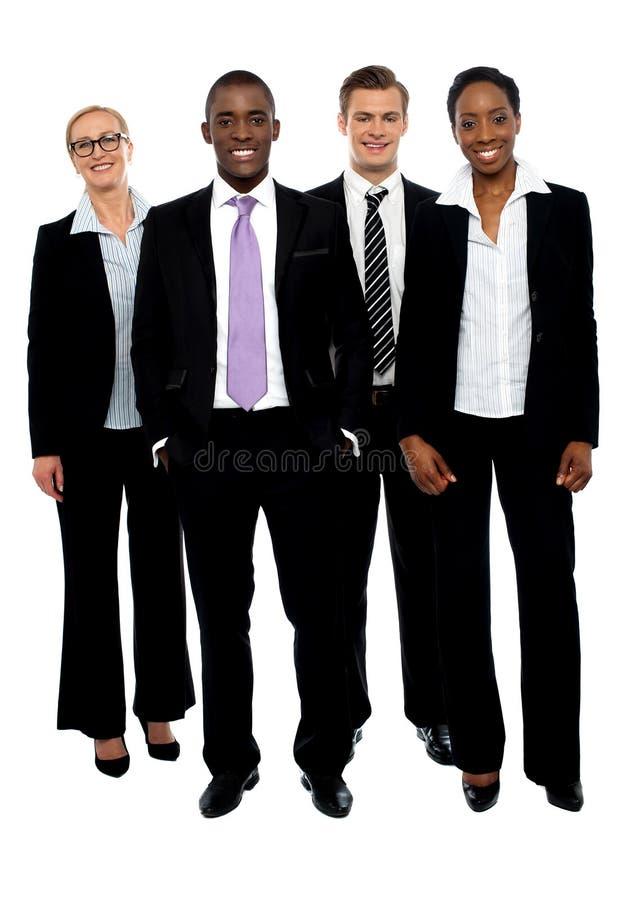 Retrato cheio do comprimento de colegas do negócio foto de stock
