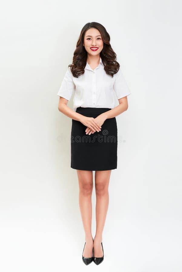 Retrato completo do corpo do wom bonito novo de sorriso feliz do negócio imagem de stock