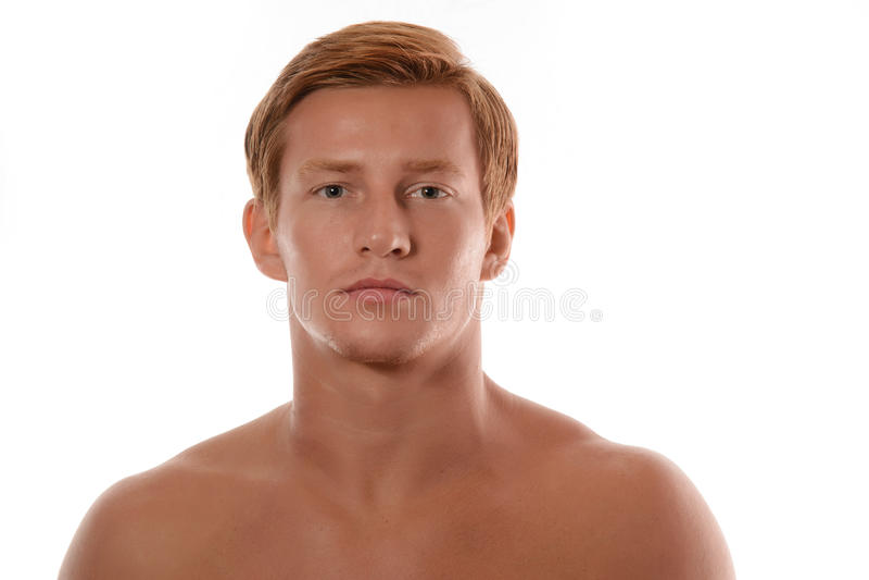 Retrato considerável do homem novo isolado no fundo branco fotografia de stock royalty free