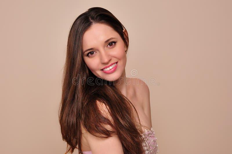 Retrato da beleza. A beleza natural da jovem mulher. imagem de stock