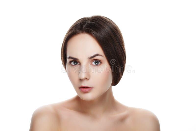 Retrato da beleza da menina SURPREENDIDA bonita com composição natural Seja imagens de stock royalty free