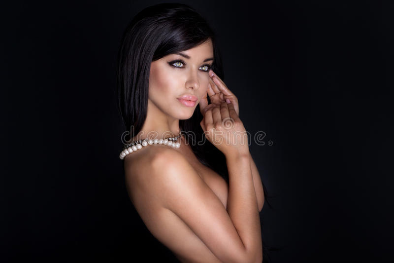 Retrato da beleza da mulher elegante foto de stock royalty free