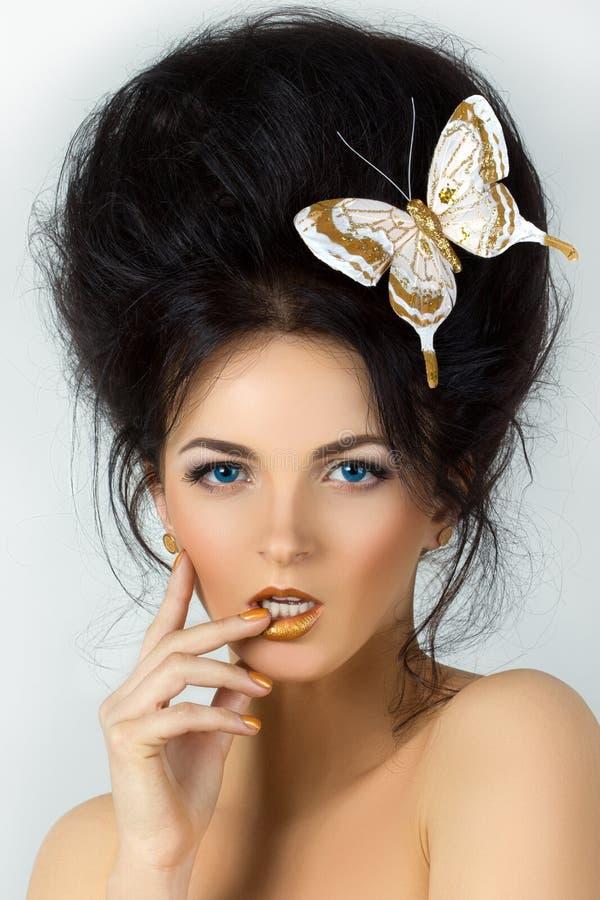 Retrato da beleza da mulher moreno nova fotografia de stock