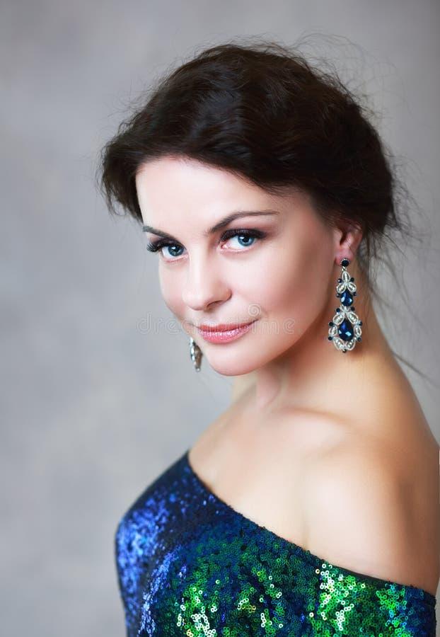Retrato da beleza da mulher imagens de stock royalty free