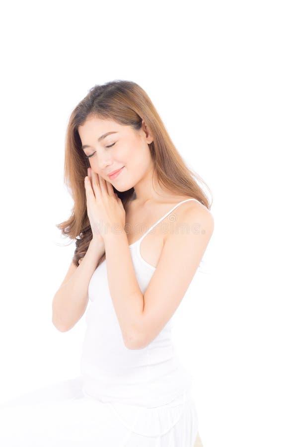 Retrato da composição asiática bonita da mulher do cosmético, do mordente do toque da mão da menina e do sorriso atrativos fotos de stock royalty free